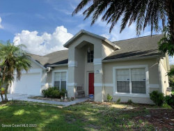 Photo of 11120 Wurdermanns Way, Orlando, FL 32825 (MLS # 881735)