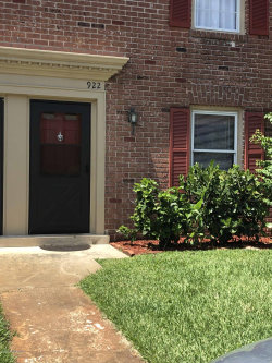 Photo of 922 S Colonial Court, Unit 115, Indian Harbour Beach, FL 32937 (MLS # 850780)