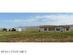 Photo of 4550 W Duane Lane, Paulden, AZ 86334 (MLS # 1005189)