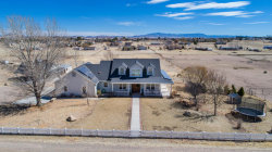 Photo of 2301 W Pheasant Place, Chino Valley, AZ 86323 (MLS # 1010231)