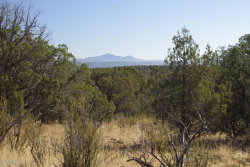 Photo of 882 Westwood Ranches, Ash Fork, AZ 86320 (MLS # 1008425)