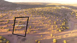 Photo of 5150 N Spotted Dog Trail, Chino Valley, AZ 86323 (MLS # 1015715)