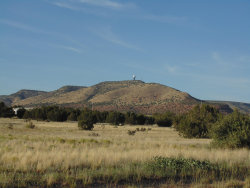 Photo of 27525 W Fort Rock Road, Seligman, AZ 86337 (MLS # 1023929)