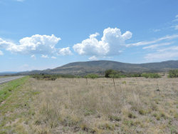 Photo of 1100 S Iron Springs Road, Skull Valley, AZ 86338 (MLS # 990965)