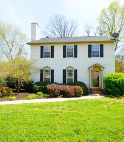 Photo of 8808 Brucewood Lane, Knoxville, TN 37923 (MLS # 1037511)