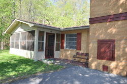 Photo of 526 Cole Drive, Pigeon Forge, TN 37863 (MLS # 1039069)