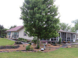 Photo of 622 Stanley Hood Rd, Crossville, TN 38571 (MLS # 1041989)