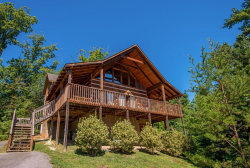 Photo of 1514 Bear Valley Dr, Sevierville, TN 37862 (MLS # 1042522)