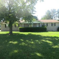 Photo of 612 Highland Lane, Crossville, TN 38555 (MLS # 1045703)
