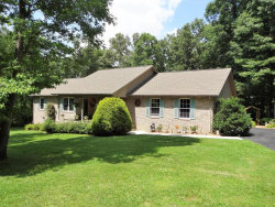 Photo of 100 Sebald Circle, Crossville, TN 38555 (MLS # 1045741)
