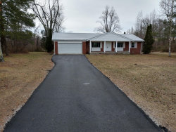 Photo of 9511 Sparta Hwy, Crossville, TN 38572 (MLS # 1063051)