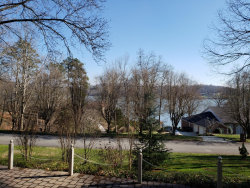 Photo of 105 River Point Drive, Lenoir City, TN 37772 (MLS # 1065727)