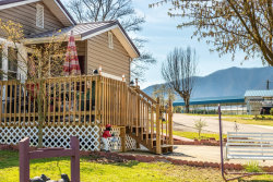 Photo of 466 Mountain Thrush Drive, Townsend, TN 37882 (MLS # 1068898)