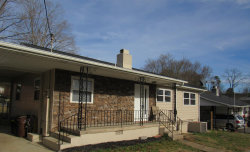 Photo of 103 Parker Rd, Oak Ridge, TN 37830 (MLS # 1069343)