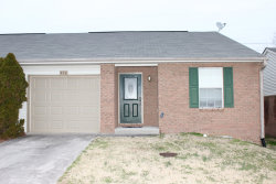 Photo of 370 Hawthorne Oaks Way, Powell, TN 37849 (MLS # 1069893)