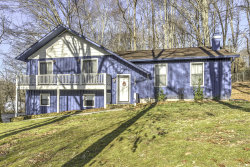 Photo of 203 Oakwood Drive, Clinton, TN 37716 (MLS # 1071960)