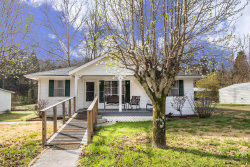Photo of 6218 Knoxville Hwy, Oliver Springs, TN 37840 (MLS # 1073328)