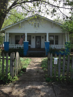 Photo of 2316 E 5th Ave, Knoxville, TN 37917 (MLS # 1076789)