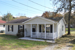 Photo of 614 Mitchell Drive, Knoxville, TN 37912 (MLS # 1100541)