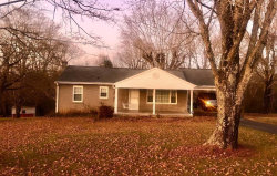 Photo of 604 E Ridgecrest Drive, Kingston, TN 37763 (MLS # 1102011)