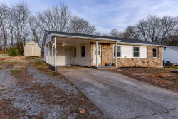 Photo of 326 Leatherwood Drive, Maryville, TN 37803 (MLS # 1102934)