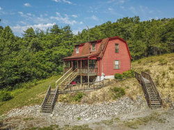 Photo of 801 Union Hill Drive, Pigeon Forge, TN 37876 (MLS # 1106116)