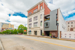Photo of 300 S Gay St Apt 102, Knoxville, TN 37902 (MLS # 1117594)