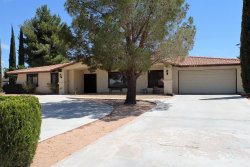 Photo of 20325 Itasca Road, Apple Valley, CA 92308 (MLS # 486994)