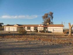 Photo of 5476 Begonia Road, Phelan, CA 92371 (MLS # 493369)