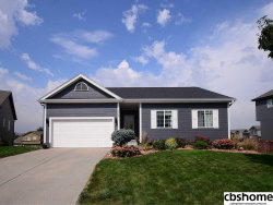 Photo of 16308 Larimore Circle, Omaha, NE 68116 (MLS # 21817184)