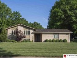 Photo of 952 Fawn Parkway, Omaha, NE 68154 (MLS # 21912681)