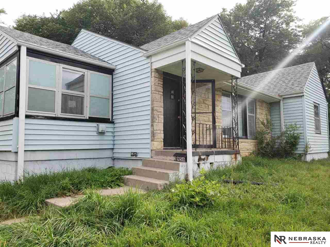 Photo for 3956 N 40 Street, Omaha, NE 68111 (MLS # 21918414)