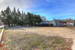 Photo of 2909 W Overland Rd, Boise, ID 83705 (MLS # 98681774)