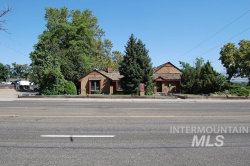 Photo of 5402 W Overland Rd, Boise, ID 83705 (MLS # 98740383)