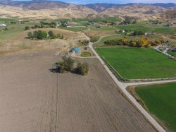 Photo of 20 Waverly Drive, Horseshoe Bend, ID 83651 (MLS # 98649051)