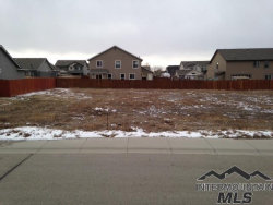 Photo of 717 S Cuprum Ave, Kuna, ID 83634-5057 (MLS # 98718902)