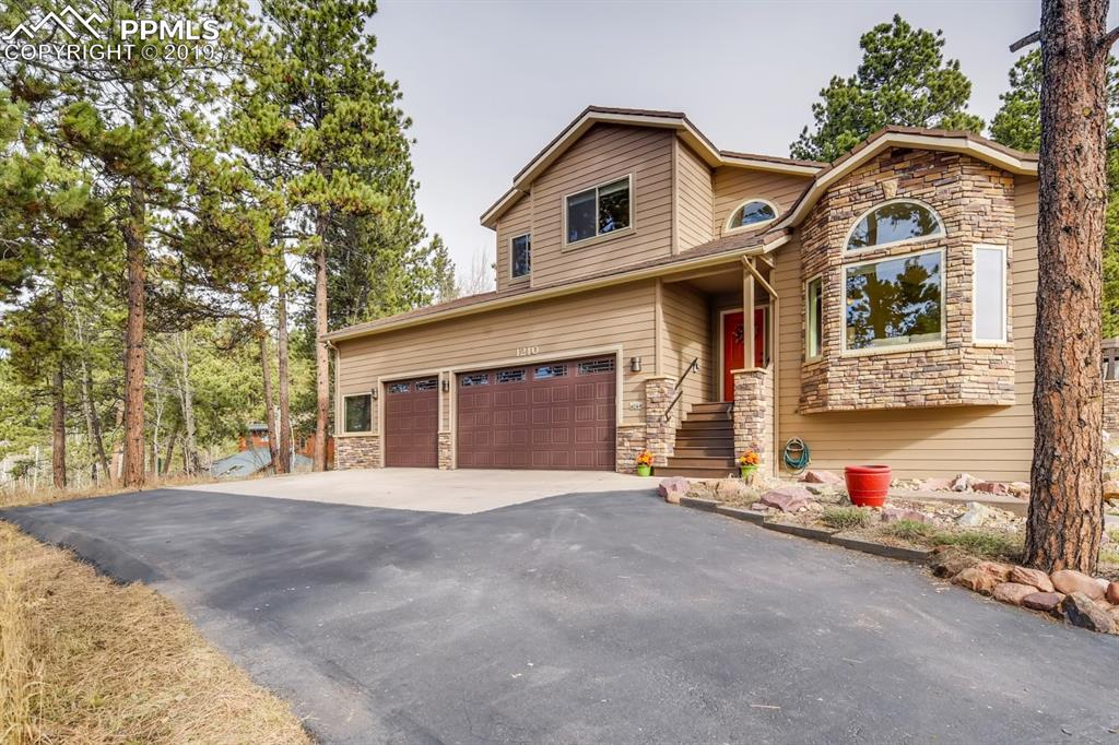 Photo for 1210 Kings Crown Road, Woodland Park, CO 80863 (MLS # 8593843)