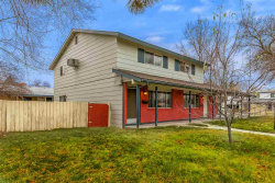 Photo of 1002 N Clover Dr, Boise, ID 83703 (MLS # 98678198)