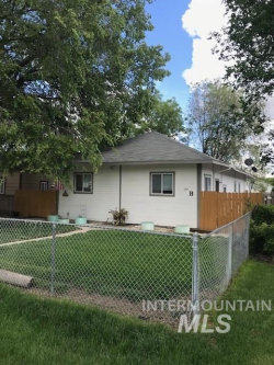 Photo of 124 13th Ave N., Nampa, ID 83687 (MLS # 98768002)