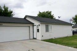 Photo of 812 & 814 Chicago St, Nampa, ID 83686 (MLS # 98772483)