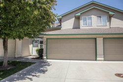 Photo of 6004 N Cobbler Lane, Boise, ID 83703 (MLS # 98658983)