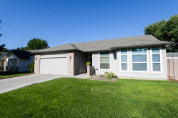 Photo of 1842 N Pilgrim Ave, Boise, ID 83704 (MLS # 98664148)