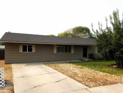 Photo of 1509 Ne 15th Circle, Fruitland, ID 83619 (MLS # 98669385)