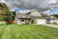 Photo of 1830 W Yukon, Kuna, ID 83634-1766 (MLS # 98673427)