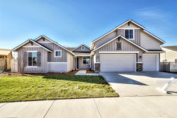 Photo of 2733 W San Remo Dr, Meridian, ID 83646 (MLS # 98678152)