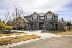 Photo of 2917 W Crooked Stick Ct, Eagle, ID 83616 (MLS # 98684487)