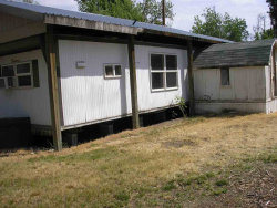 Photo of 215 S Dewey, Middleton, ID 83644 (MLS # 98695294)