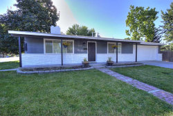 Photo of 1030 S Garden Place, Boise, ID 83705-5847 (MLS # 98700394)