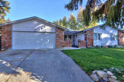 Photo of 7726 W Iron Ct, Boise, ID 83704 (MLS # 98709517)