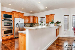 Tiny photo for 9648 W Hills Gate Dr, Star, ID 83669 (MLS # 98716043)